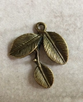 24 x 26mm Antique Brass Cherry Blossom Pendant – 1 qty.