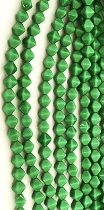 Lucerna Bicone Beads - Opaque Kelly Green, 6x6mm
