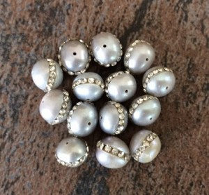 6-8mm Freshwater Pearl – Natural Silver with Crystal Rhinestones – 1 pc.